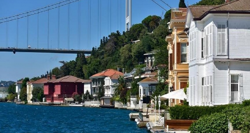 There is a lot of demand for mansions in the Bosphorus